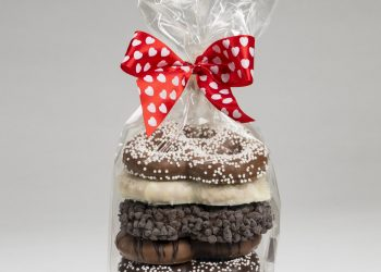 vday-pretzel-twist-gift-bag